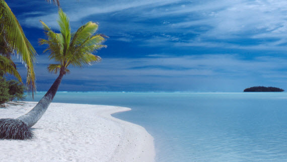 An image of the beautiful Aitutaki Islands in Raratonga