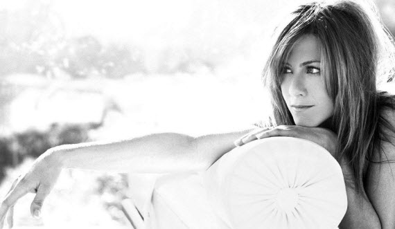 An image of the forever youthful looking Jennifer Aniston.